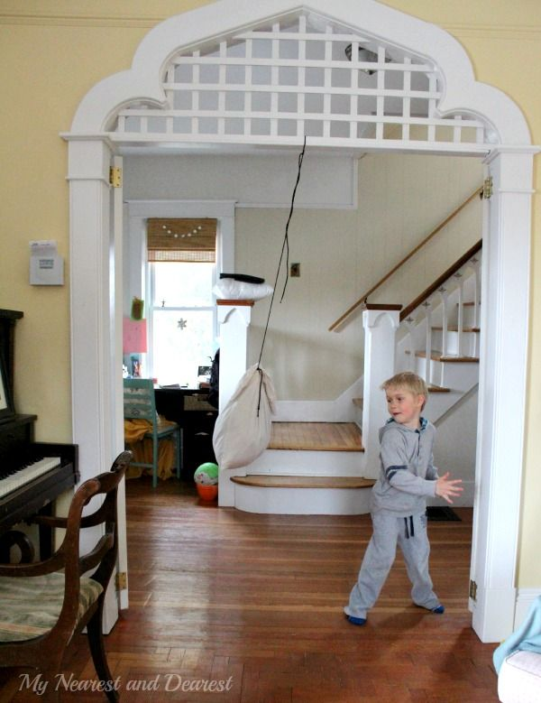 Quick and easy kids' punching bag to hang from a door frame or tree branch.