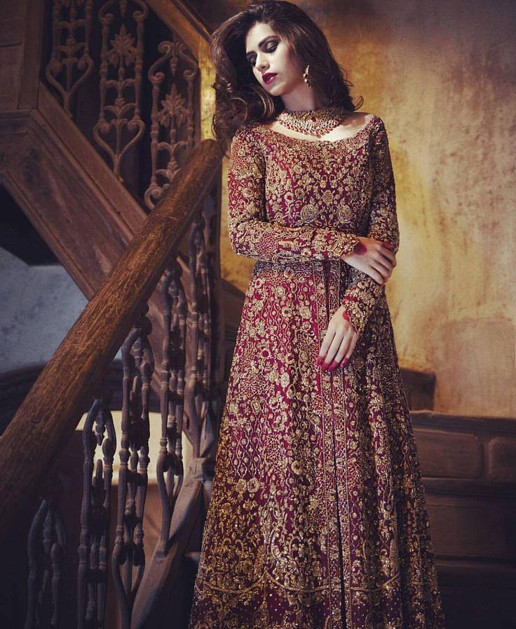 "1,048 Likes, 5 Comments - Desi Dolls (@d3si_dolls) on Instagram: ""Dream Desi Bride Attire ❤️❤️ @saranaqviofficial"""