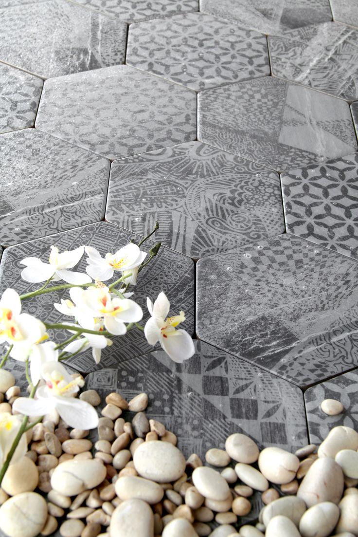 Sedin Vesta Hexagon Cut 15*17 - Kaakelikeskus #kylpyhuone #laatta #kaakeli #sisustusinspiraatio