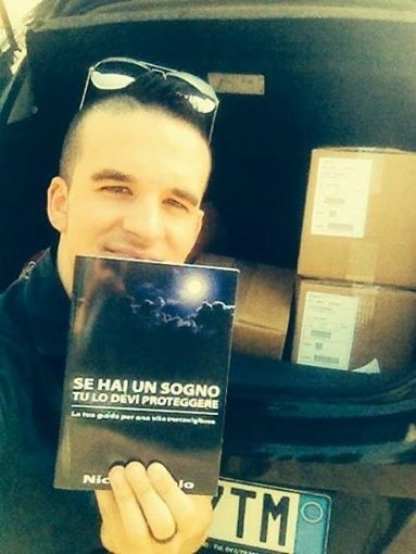 """Nicolò Romio e il suo libro """"Se hai un sogno, tu lo devi proteggere"""", promosso da Wision55"""