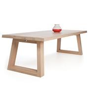 Maas eettafel design door Marjolein Kap | Odesi: dutch design online