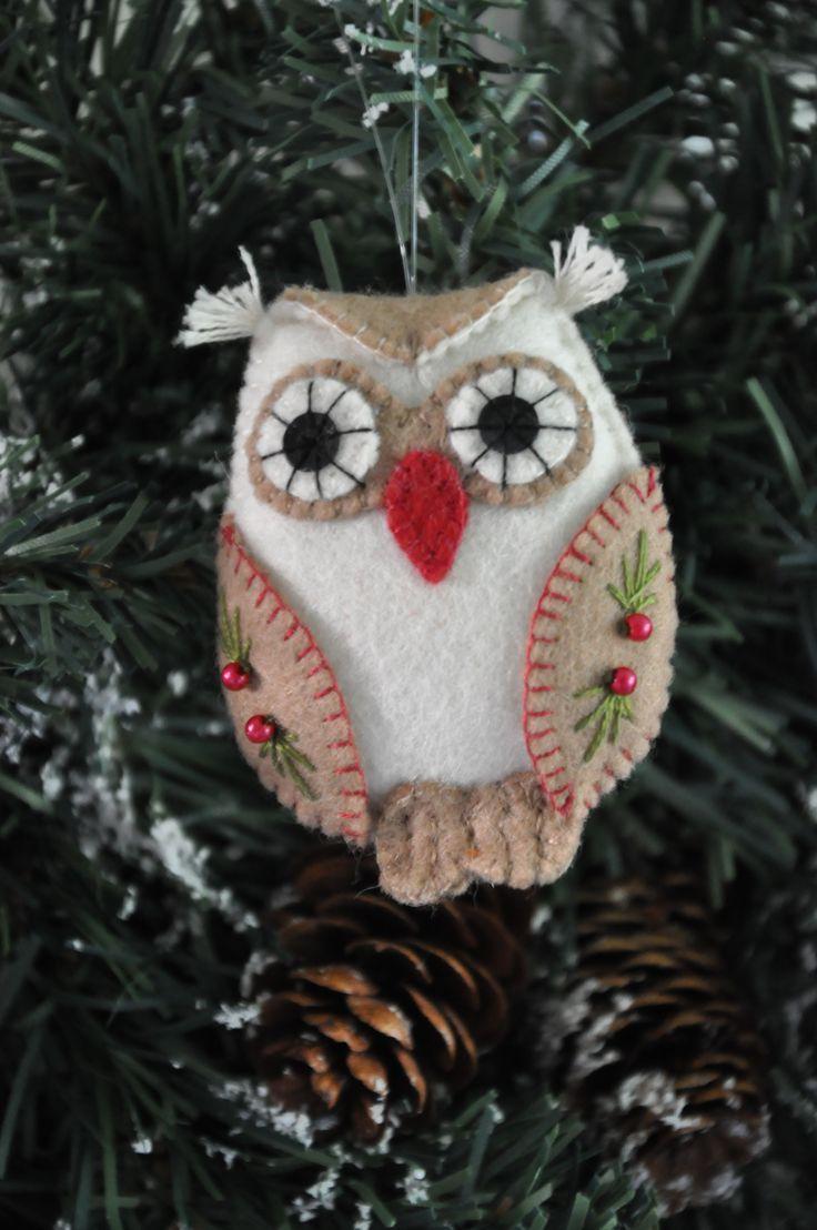 Kerst Uil   Kerst   Decoraties   Vilt   Handwerk   zelfmaakpakketjes   Atelier Wilma Creatief