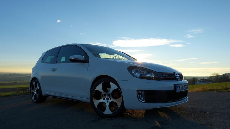 VW Golf VI MK6 GTI Candy White - Sunset