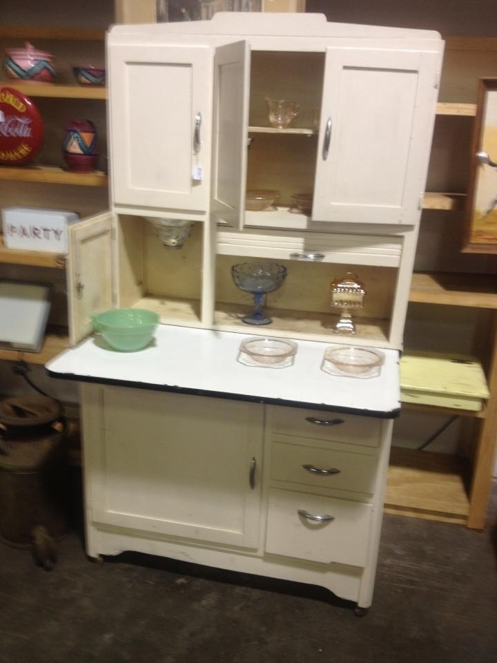 1000+ images about Hoosier Cabinets on Pinterest ...