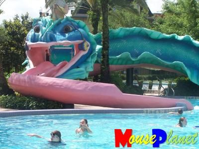 22 simple swimming pools with slides south west for Swimming pools with slides north west