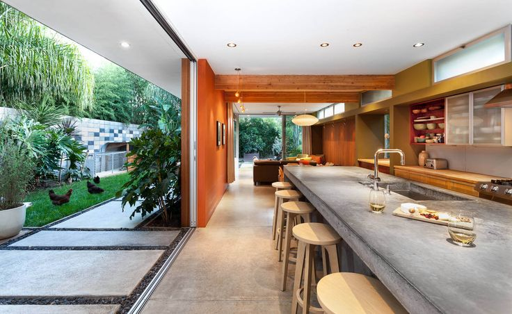 Contemporary House by Serrao Architecture + Design
