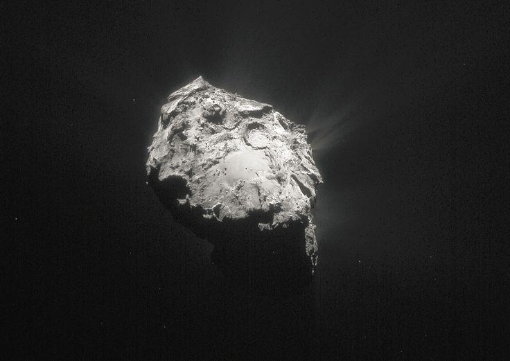 Jądro komety 67P w pełnej okazałości - GeekWeek.pl - gadżety, nowinki techniczne, nauka