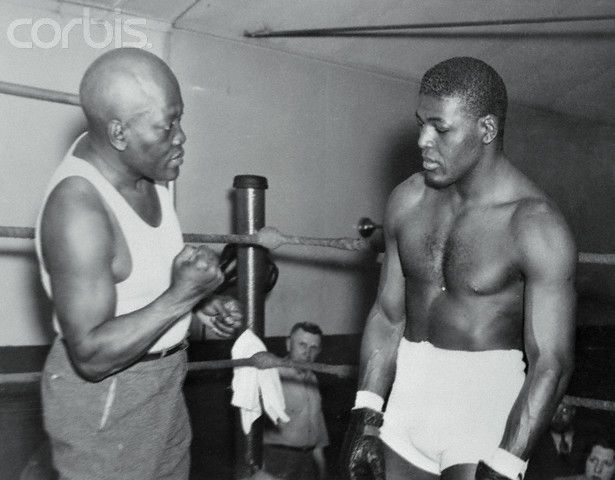 jack johnsons achievements in boxing Jack johnson - boxer 237 likes at the height of the jim crow era, johnson became the first african american world heavyweight boxing champion.