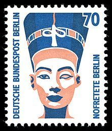 Nefertiti Bust - Wikipedia, the free encyclopedia