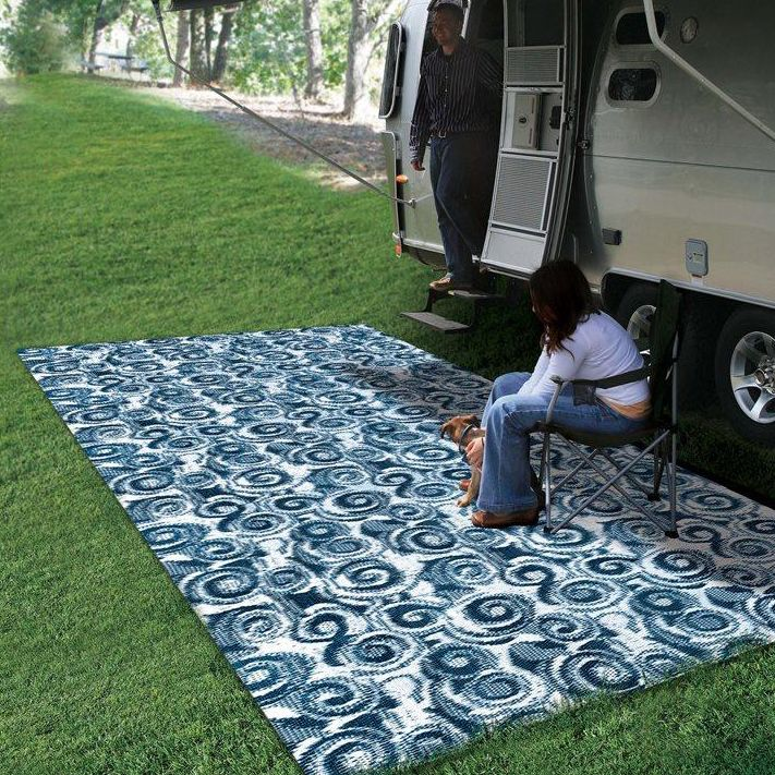The Camco 8 X 16 Swirl Outdoor Mat Is Perfect For Outside Your Rv Campsite Or Patio Outdoor Mat Camco Rv Stuff