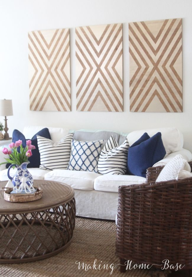 Beachy Summer Living Room + more blogger home tours. Love the navy and white.
