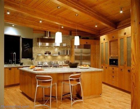 Did you know that aside from solid hardwood flooring, engineered floors are the next best alternative option? Hardwood and engineered wood flooring review by ConsumerSearch.#floor #flooring  #flooringtips #flooringinformation