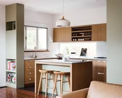 50 Mid-Century design ideas for your kitchen! #kitchendesignideas #kitchenlighting #modernkitchens #hotelproject #contract #hospitality #outdoorlighting #contemporarylighting  #modernhomedecor #interiordesignideas #interiordesignproject #homedesignideas #midcenturystyle #moderndesign #moderndesign #tablelamp #desklamp #uniquelamps #contemporarydesing