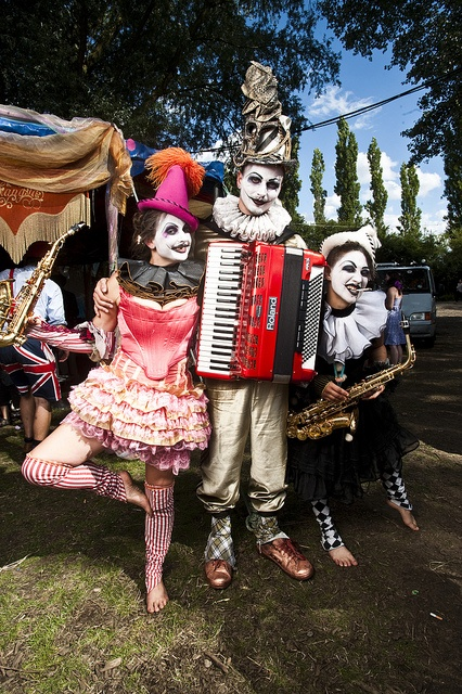 Clown Band 2 by ElviSchmoulianoff, via Flickr