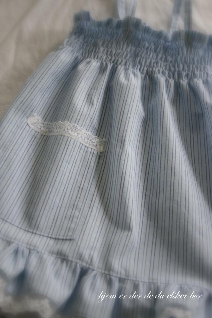 Kjole med vaffelsøm
