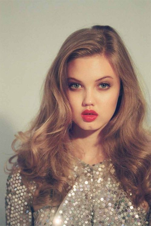 Lindsey Wixson, Old Hollywood, Wavy Hair, Hairmakeup, Hair Makeup, Red Lips, Veronica Lake, Soft Waves, Soft Curls