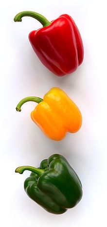 Compared to green peppers, red peppers have more vitamins and nutrients and contain the antioxidant lycopene. The level of carotene, like lycopene, is nine times higher in red peppers. Red peppers have twice the vitamin C content of green peppers. Also, one large red bell pepper contains 209 mg of vitamin C, which is 3 times the 70 mg of an orange.