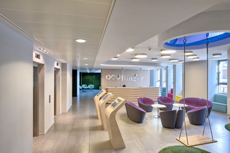 Ringier Hungary Headhquarters, Armstrong Sufity Podwieszane, ceiling, acoustic, sufit akustyczny, Optima Canopy Circle