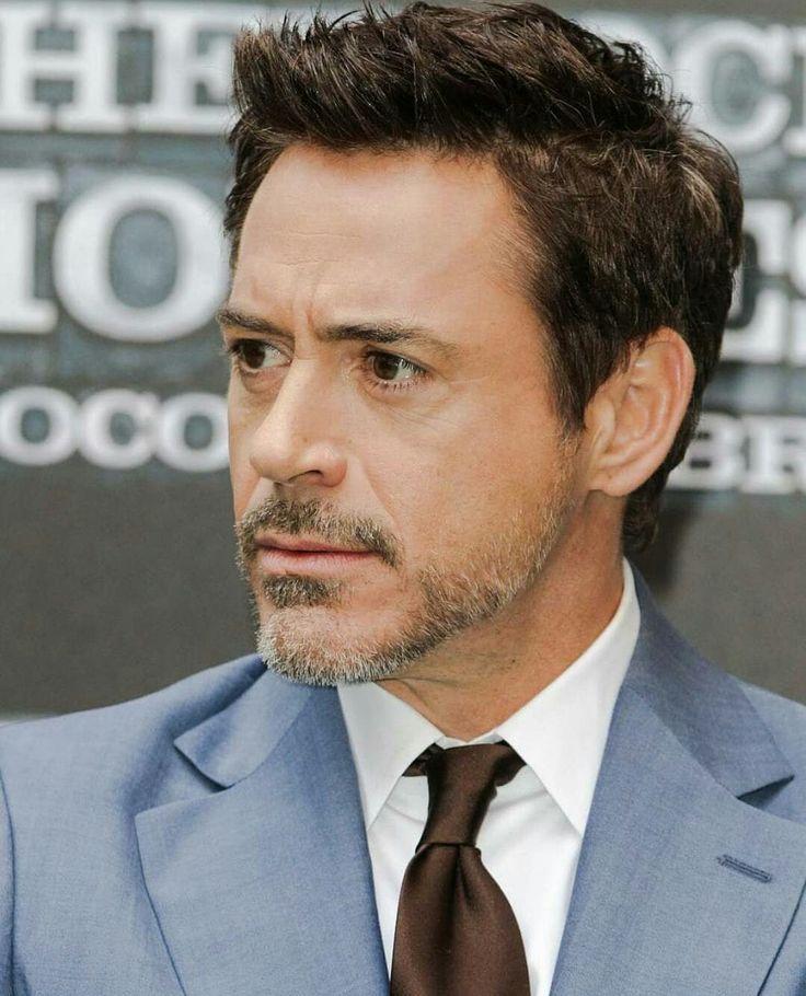 фото актера железного человека своих