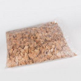 VIRUTA DE CORCHO La Viruta de corcho es un producto natural que proviene del corcho. Perfecta para relleno en transporte, embalaje o para decorar cestas, pesebres de Navidad o maquetas. Puede reciclarse. 1 kg. #VirutadeCorcho #VirutaparaCojínMarroquí #VirutaCorchoRelleno #CorkShavings