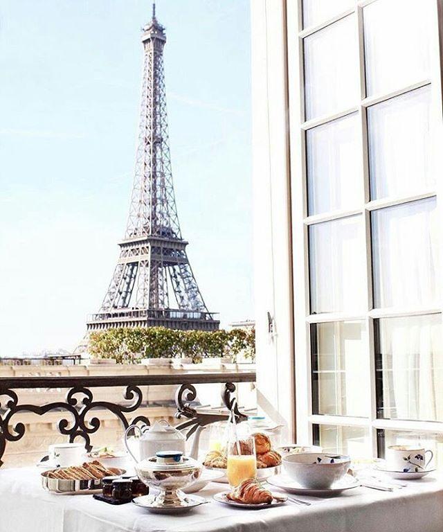 Shangri La Paris Hotel, vista top!!  #paris #france #frança #shangrila #shangrilahotel Créditos: @rodeoand5th