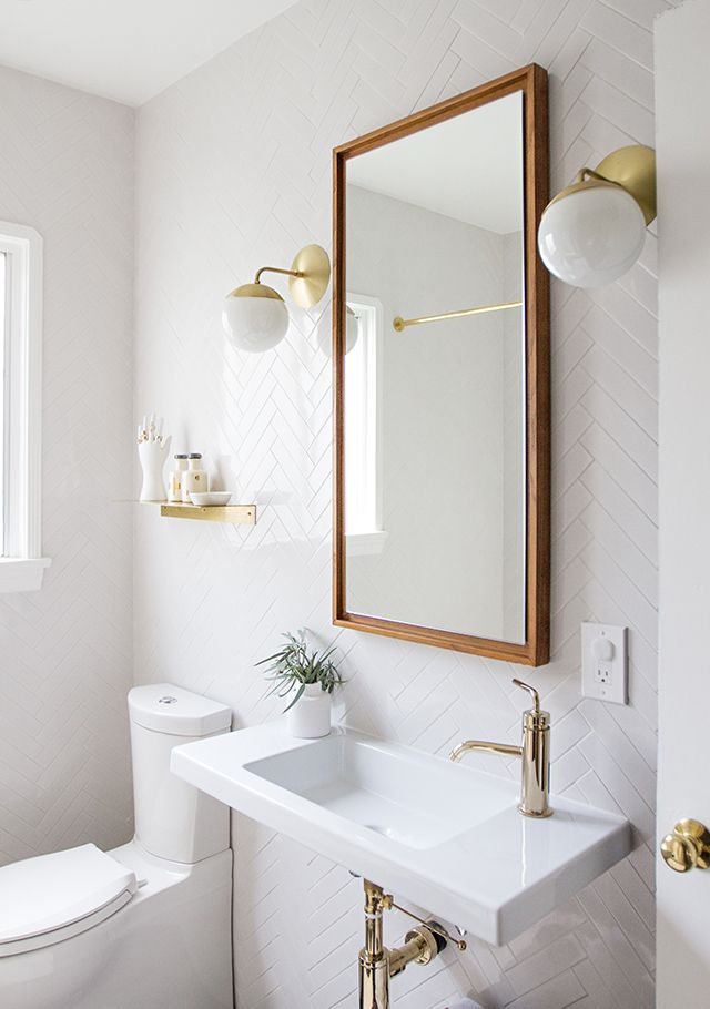 Before and After: A Small But Mighty Bathroom Makeover for the Minimalist in All of Us » Curbly   DIY Design & Decor