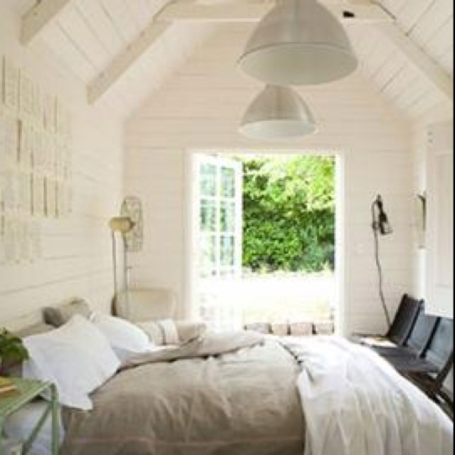 garden shed   converted to guest bedroom   garden bedroom   Pinterest    Bedrooms  Gardens and Barn. garden shed   converted to guest bedroom   garden bedroom