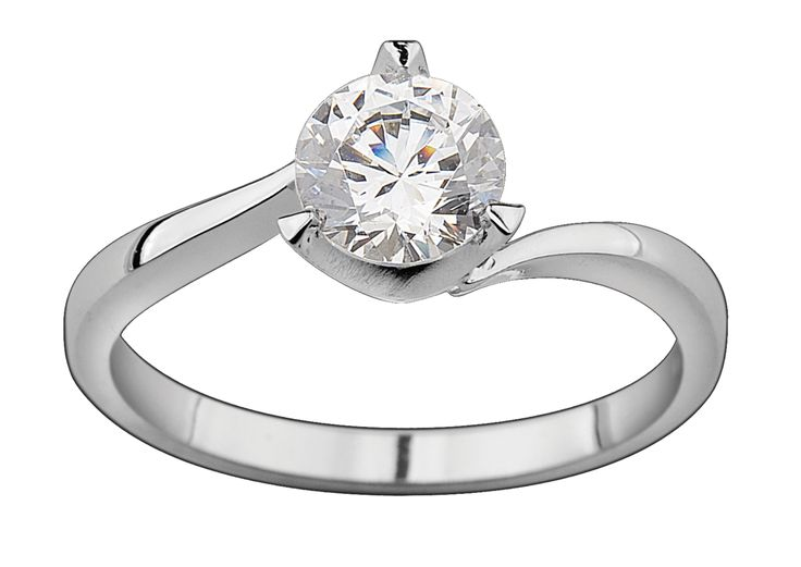 3 Claw Solitaire Diamond Engagement Ring