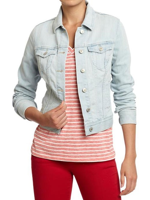 Perfect for busy mom, a jean jacket goes with everything, it's comfortable & never goes out of style #momuniform