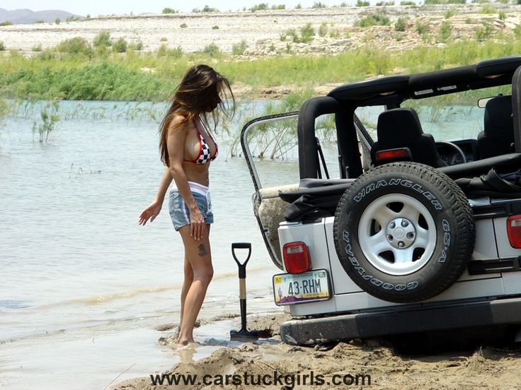 Jeep Girls Jeep Wrangler Mudstuck Jeep Jeep Wrangler