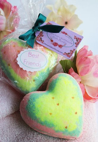 Best Friends Heart Bath Bomb