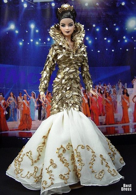 Ninimomo's Barbie.  Americas (North, Central, South).  2009/2010  Miss Colombia (Dress Alexander McQueen)