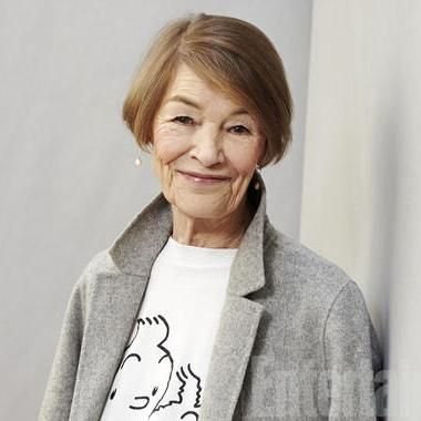 Movies: Glenda Jackson: The Best Actress Who Walked Away. Ms. Jackson is returning to the stage in King Lear at the Ol Vic.  Should be an incredible performance. Me thinks it is in Oct. 2016.