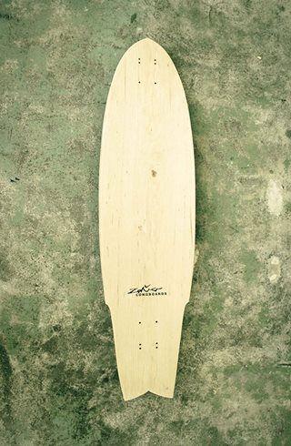 Zeňo longboards fényképe.