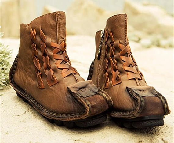 """ProcessSewing  SeasonSpring/Autumn  Platform Height0-3cm  Closure TypeZip  Boot HeightAnkle  Toe ShapeRound Toe  is_handmadeYes  Upper MaterialFull Grain Leather  DecorationsPlain  Heel HeightLow (3/4"""" to 1 1/2"""")   Shop this product here: http://spreesy.com/kunyitasemmanis/13   Shop all of our products at http://spreesy.com/kunyitasemmanis      Pinterest selling powered by Spreesy.com"""