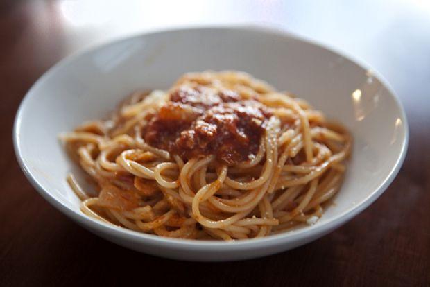 Roman Style Spaghetti or Spaghetti all'Amatriciana... I am curious ...