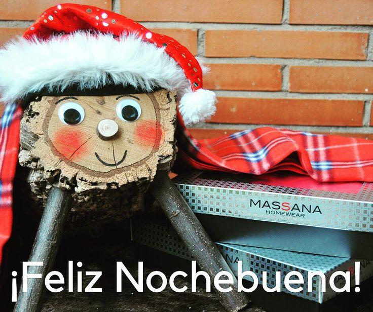 Feliz Nochebuena! Oficialmente empiezan las comilonas de Navidad  #nochebuena #lovemassana #merrychristmas #massana #christmas #navidad #cagatió #party #family #pijama #winter #traditions #santaclaus #feliznavidad #love #bestwishes #dream #sweetdreams #sleep #cheers #bestwishes
