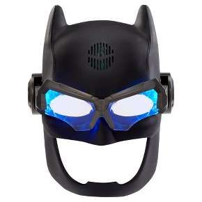 Graham -DC Justice League Batman Voice Changing Tactical Helmet