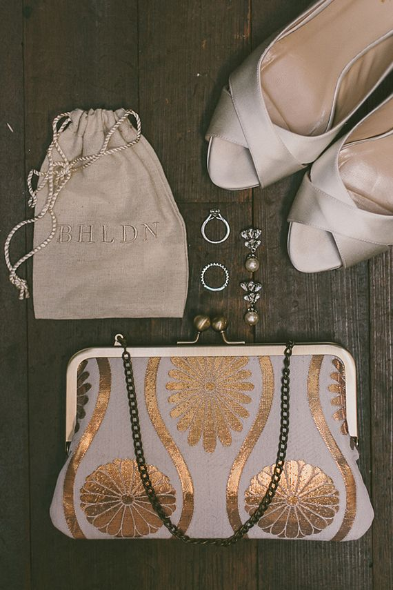 vintage inspired jewelry for a classic bride   gina  ryan mcnulty photography   via: 100 layer cake