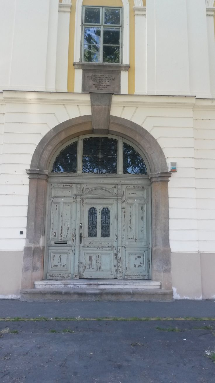 old door in Vác