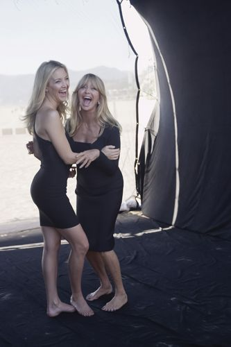 Goldie Hawn and Kate Hudson!!Daughter & Mother!