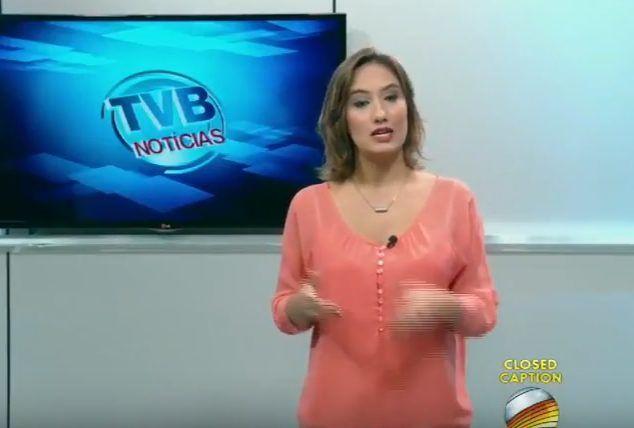 """Apresentadora de TV chama Corinthians de """"gambá"""" em jornal de Campinas; veja"""