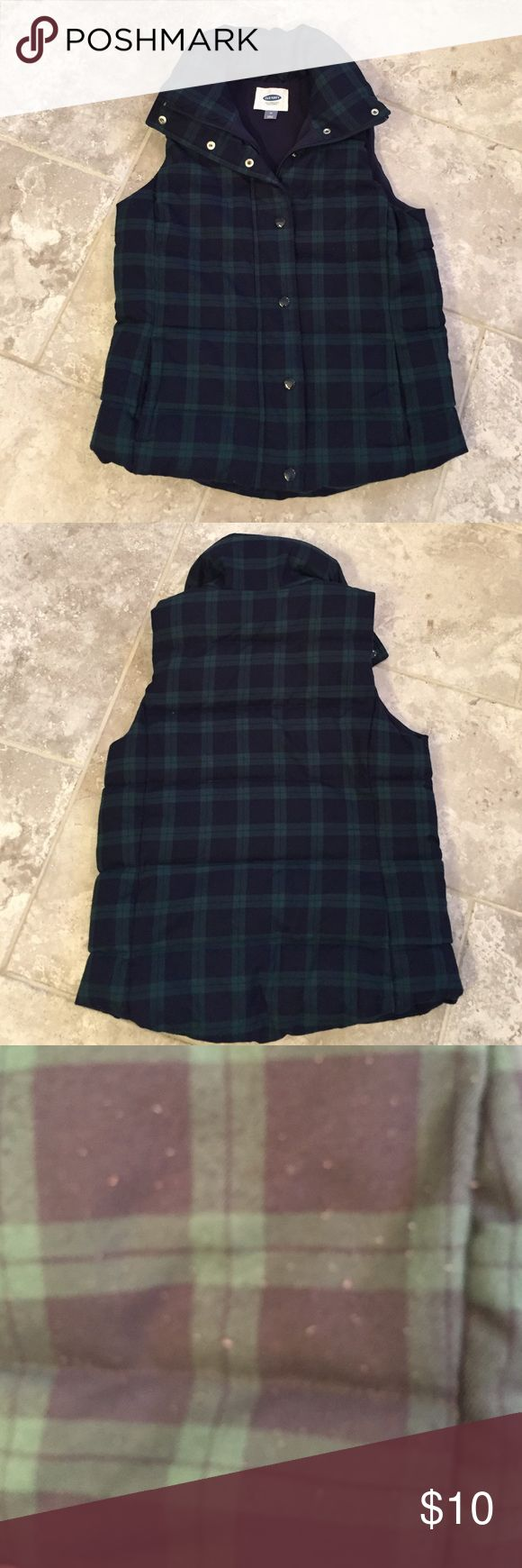 Plaid Green and Blue Old Navy Vest Plaid Green and Blue Old Navy Vest. Has slight wear on the front (see photo). Old Navy Jackets & Coats Vests