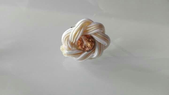 La belle et la fleur de lotus : #cufflinks #spinki #manschettenknöpfe #tieclip #szpilka #krawattennadel #groom #panmłody #bräutigam #groomsmen #trauzeuge #soutache #sutasz #sutazh #wedding #ślub #hochzeit #trauung #crystals #kryształki #kristalle