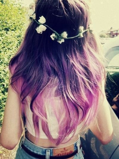 QOTD - what's your natural hair color and texture? Mine's dark brown and wavy (: - Hannah xx
