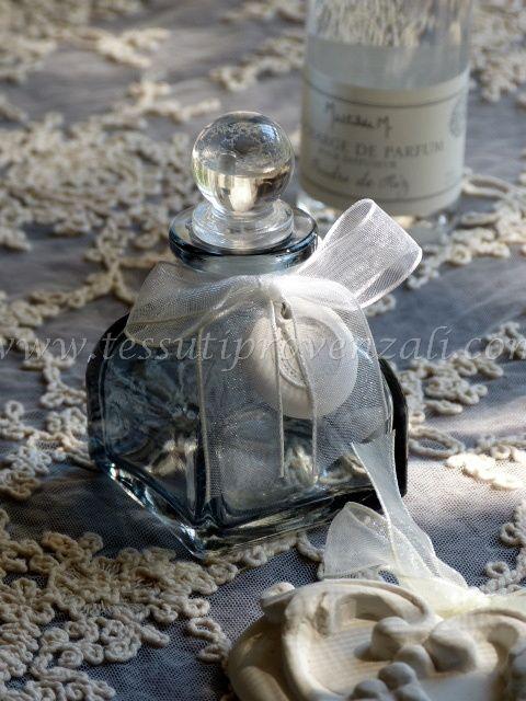 Cofanetto con flacone vetro, profumo per ambienti, gesso profumato Mathilde M. - profumazione Poudre de Riz - SUPER SCONTO -