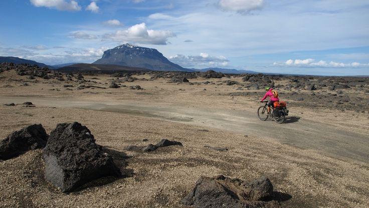 Con un par de ruedas / Adventure & Cycling - Highlands islandesas