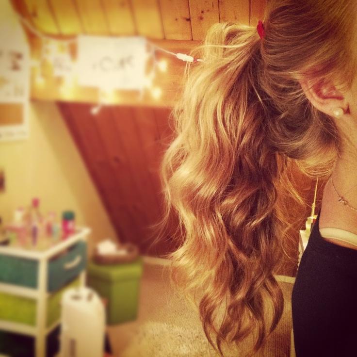 Curly ponytailHair Ideas, Hair Beautiful, Hair Makeup Clothing, Hair Hacks, Beautiful Hair, Softball Hair, Hair Shtuff, Curly Ponytail, Hair D