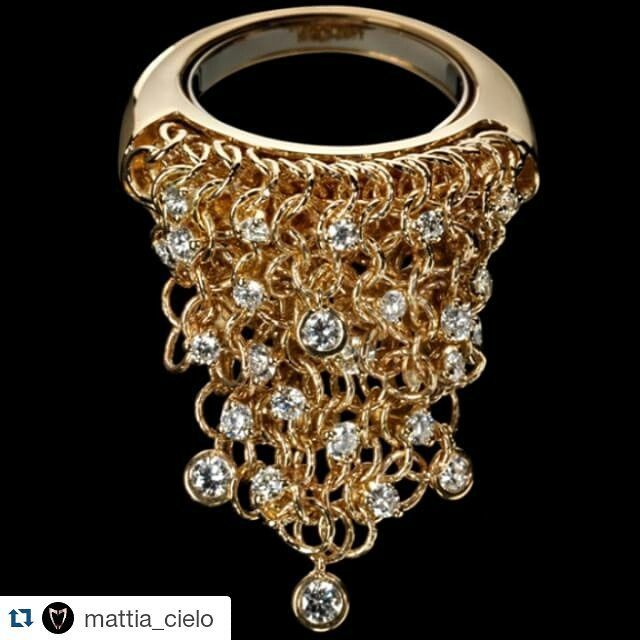 #Repost @mattia_cielo ・・・ #Maglia Ring #MovingJewels #fashion #style #jewels…