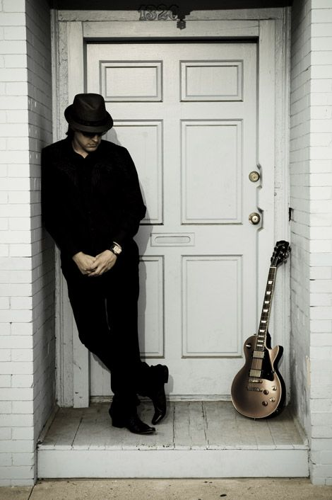 Joe Bonamassa, Great Player !!!,watched this guy come to popularity in the UK, saw him in front of 60 in Glasgow the year after 600, another year 1400 and the last time I saw him it was 3500. I haven't seen him since he got to the stage of playing venues with no soul or atmosphere !!! Get back to playing some of the smaller venues Joe or you'll get yourself lost